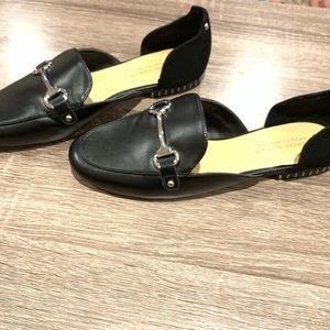 Badgley Mischka : black leather loafers